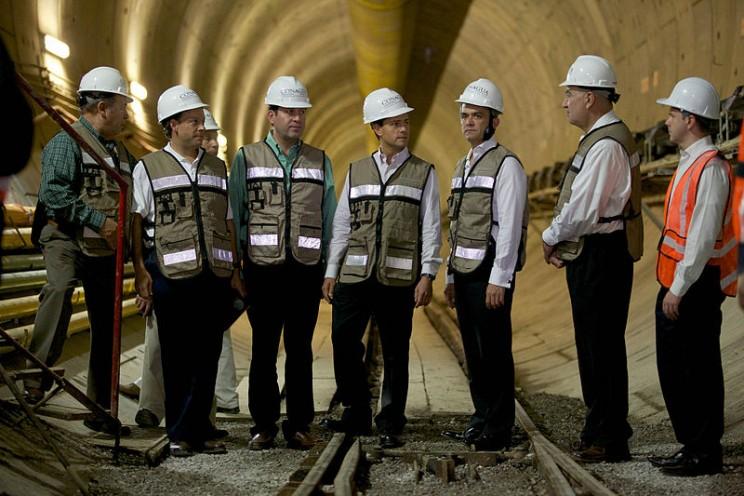 longest tunnel emisor