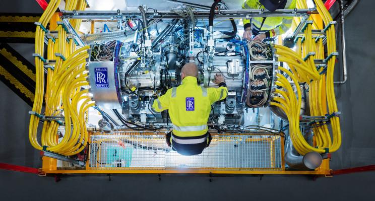 Rolls-Royce Tests 2.5 MW Generator for Hybrid Aircraft