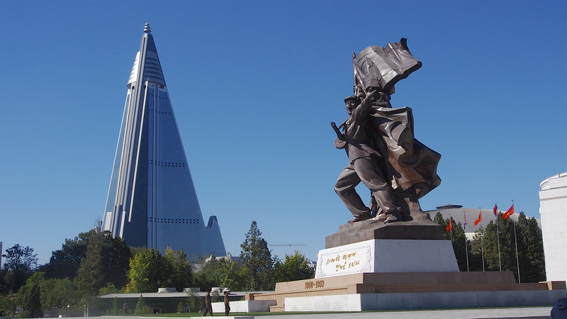 architectural failures ryugyong