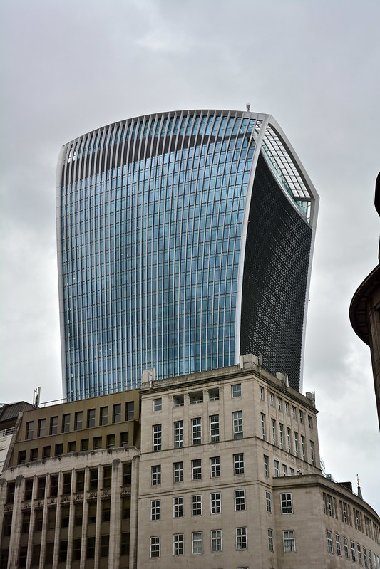 architectural failures walkie talkie