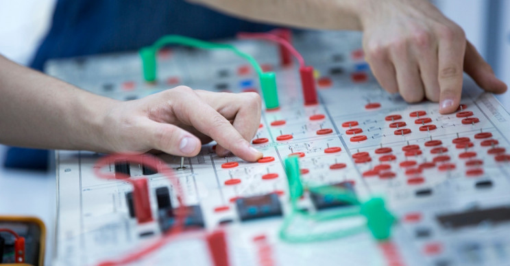 The Best Electrical Engineering Schools Worldwide
