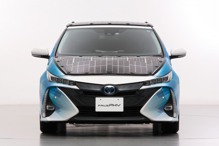 Toyota to Test New and Improved Solar Power Cells Vehicle System