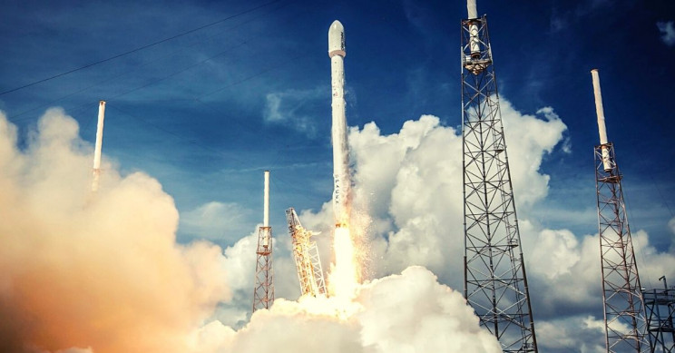 SpaceX 'Standing Down' From Launch of 60 Additional Starlink Satellites