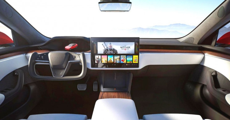 Tesla Debuts Model S Plaid Interior With New Touchscreen and More