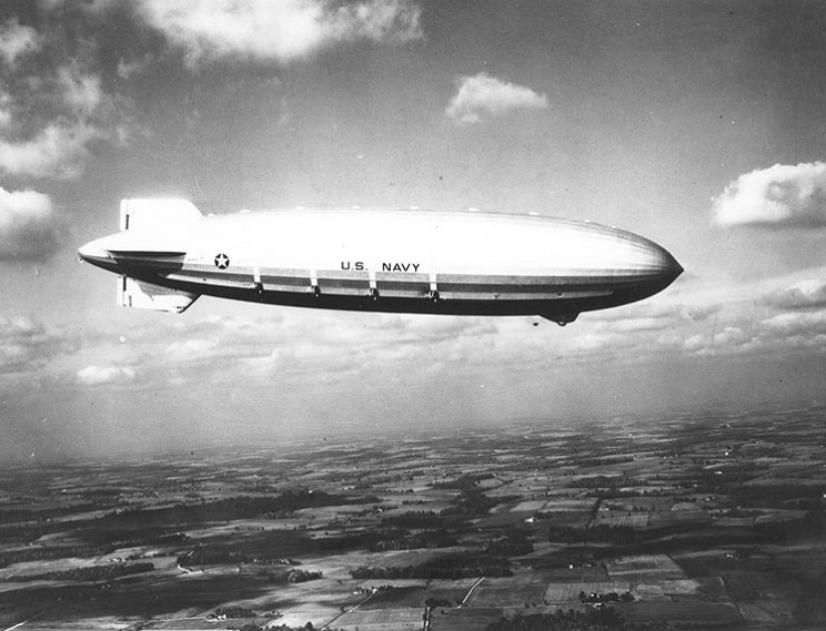 early flying aircraft carriers airship
