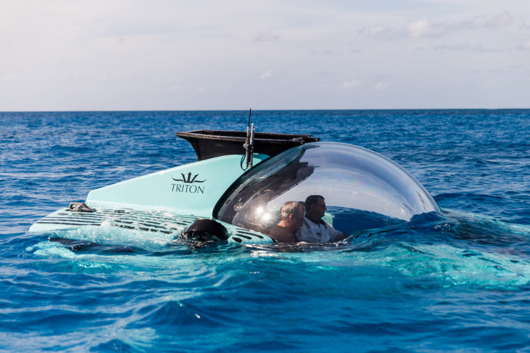 New Luxury Submersible Carries 6 People to 3,300 Feet Depth