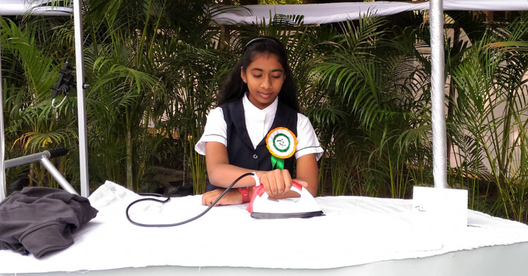 14-Year-Old Indian Girl Invents Solar Ironing Cart to Reduce Smog