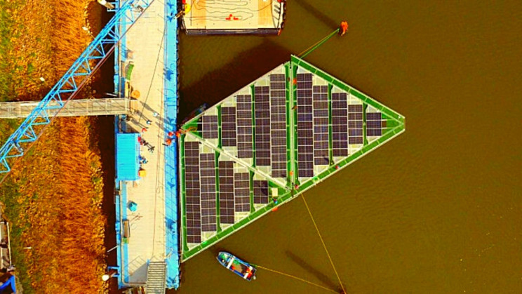 A New 555 Megawatt Floating Solar Array Will Help Ease Global Fossil Fuel Reliance