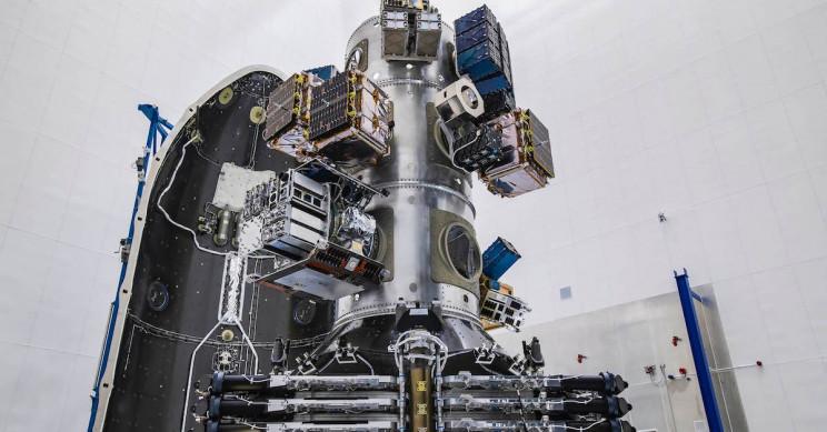 SpaceX Adds Laser Links to 10 Starlink Satellites in Polar Orbit