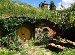 Houses Built Into the Earth May Save Us From the Heat
