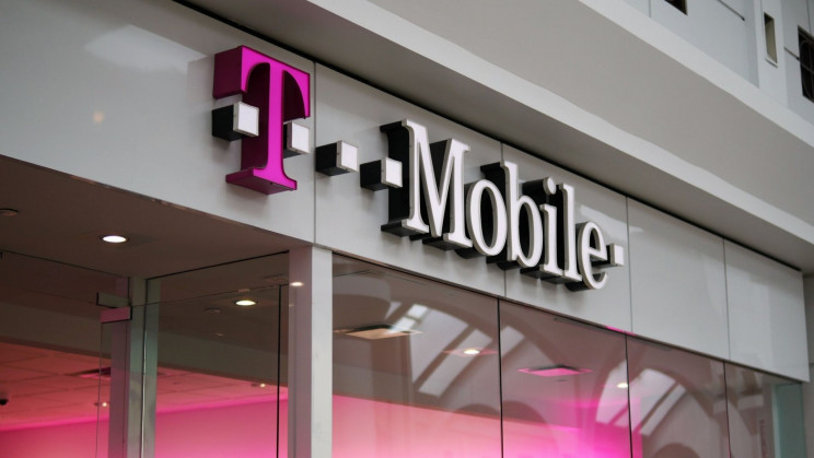Hacker Claims to Have 100 Million T-Mobile Users' Data