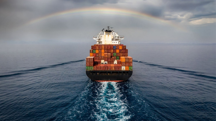 New Fuel Tank Captures Carbon Dioxide for Emission-Free Cargo Shipping