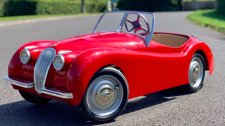 11 Tiny Luxury Cars That Will Make You Wish You Were a Child
