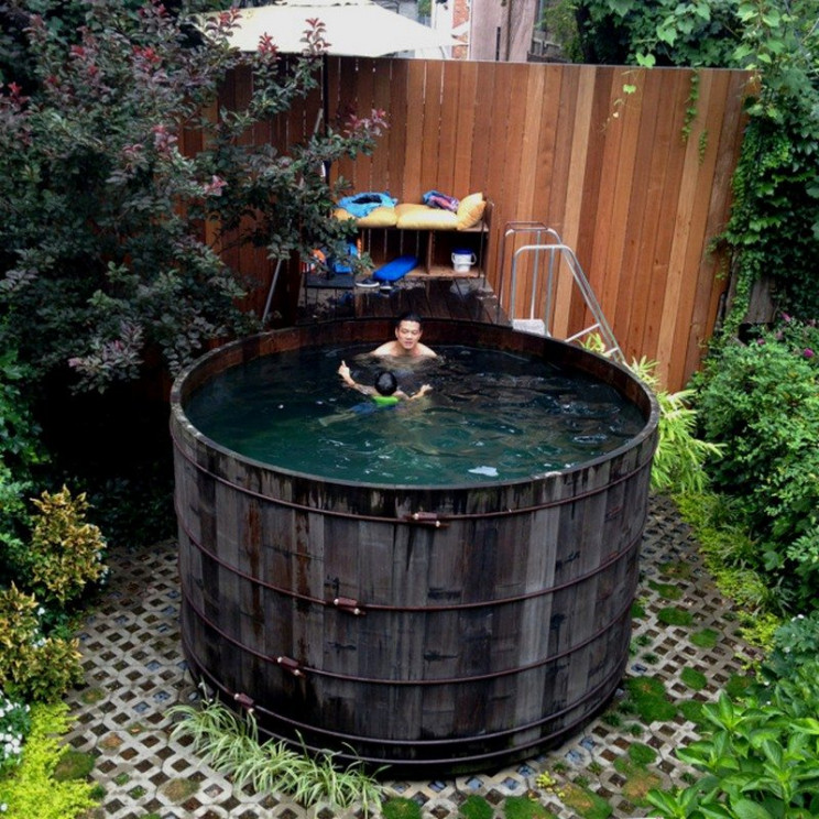 temp outdoor pool silo
