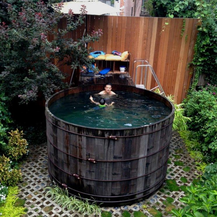 temp outdoor pool silo