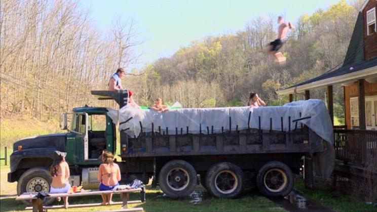 temp outdoor pool truck