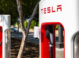 Tesla Sees yet Another Shift in Management: Co-Founder and CTO, JB Straubel Is Leaving