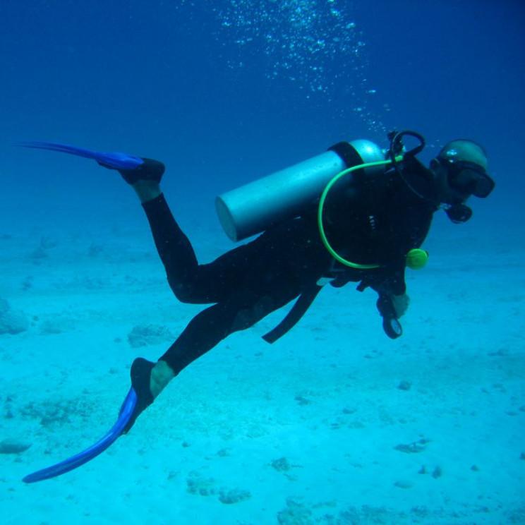 evolution of diving suit SCUBA