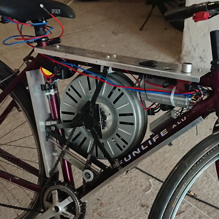 Guy Builds E-Bike Out of Washing Machine Parts That Can Hit 68 MPH
