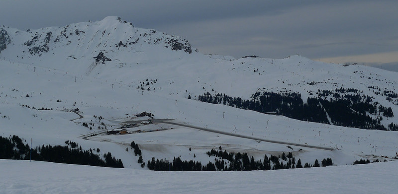 worlds most dangerous airports courchevel