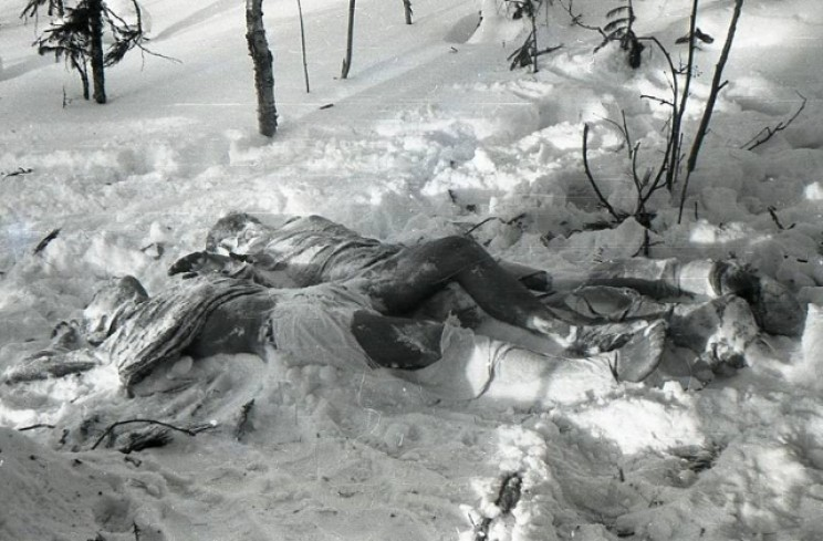 Bodies of Doroshenko and Krivonischenko