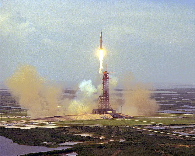 The final launch of a Saturn IB (AS-210)