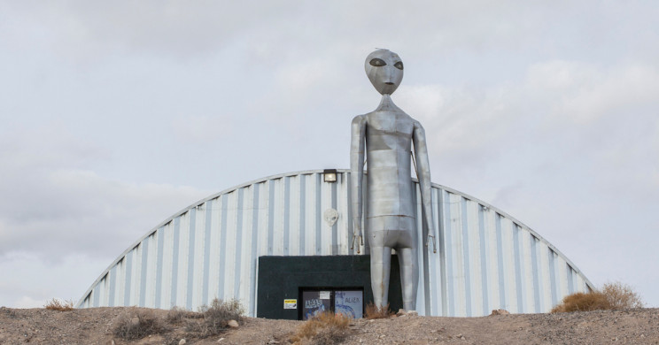 Dutch YouTubers Arrested for Trespassing and Trying to Break into Area 51