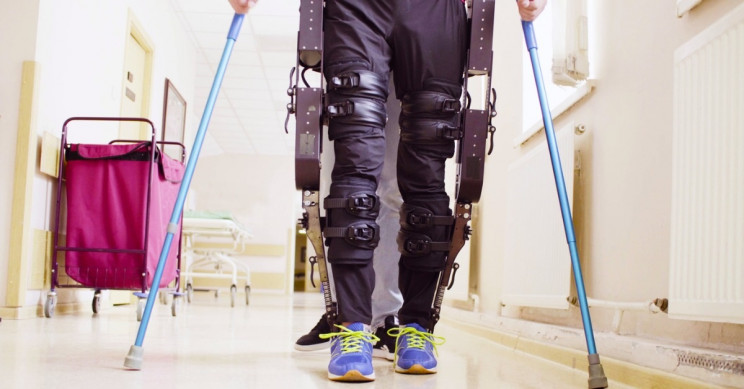 Paralyzed Man is Able to Walk Again by Sending Messages from His Brain