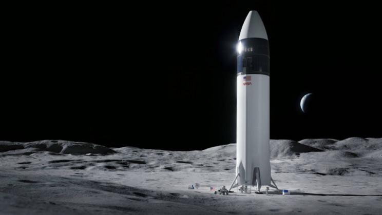 Elon Musk Says Lunar Starship Could be Ready 'Sooner' Than 2024
