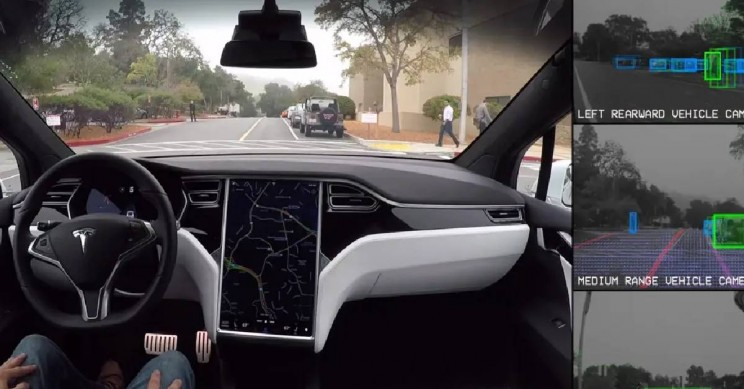 Couple Uses Tesla Autopilot in Porn