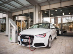 Audi e-tron is the First Electric Vehicle to Earn a Top Safety Pick from IIHS