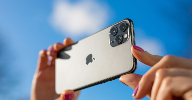 iPhones Might Soon Allow Users to Detect Airborne Allergens and Toxicants