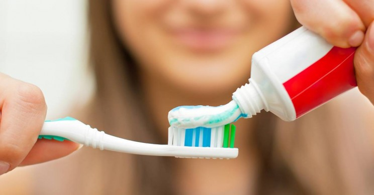 Brushing Your Teeth Helps Prevent Alzheimer's, Finds New Research