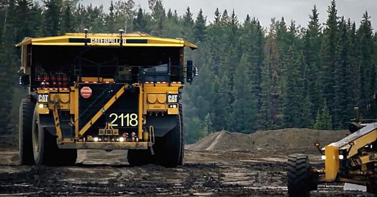 Caterpillar Showcased Autonomous Mega-Truck Fleet for Next-Gen Mining