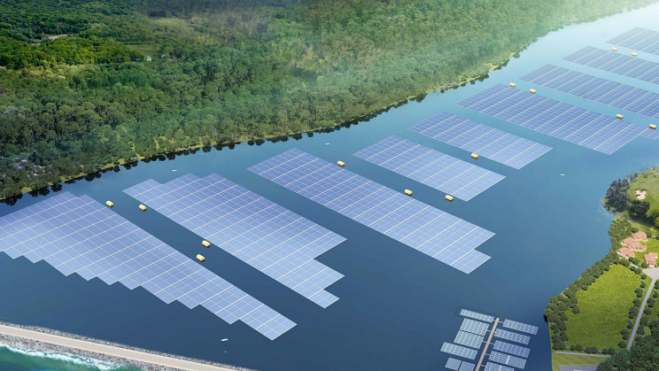 Singapore Builds Floating Solar Farms to Tackle Climate Crisis