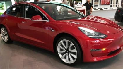 Tesla Raises Price of $35,000 Model 3 by $400