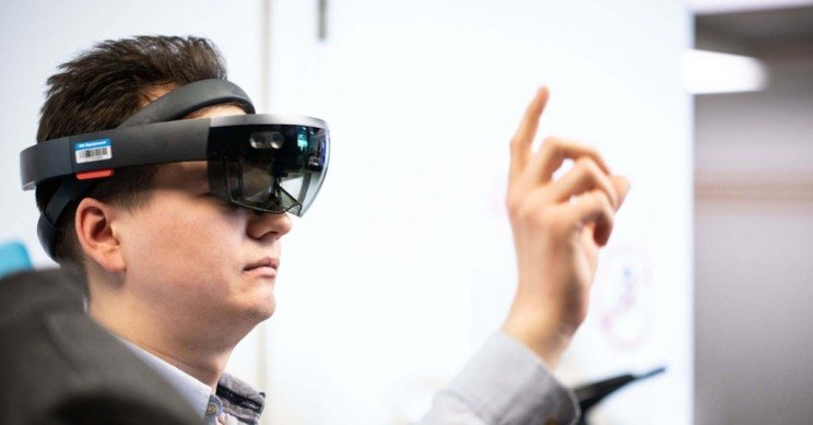 Mixed Reality Will Soon Be in the Service of Science Labs