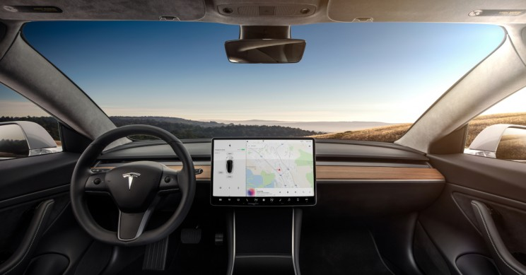 Tesla Autopilot Saved Lives of Family Says Driver