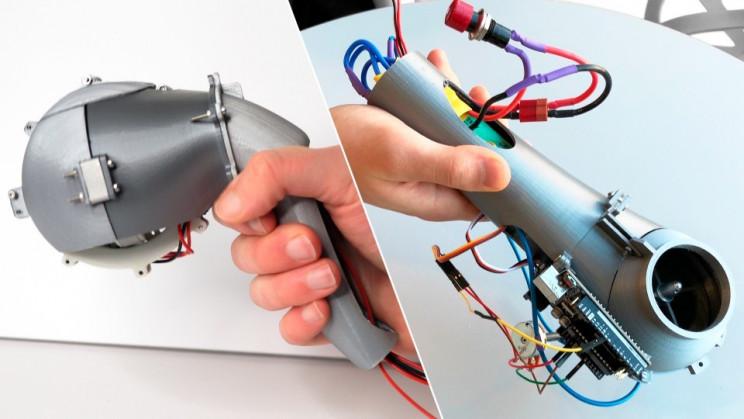 Student Designs Handheld 'Robotic Guide Dog' for the Blind