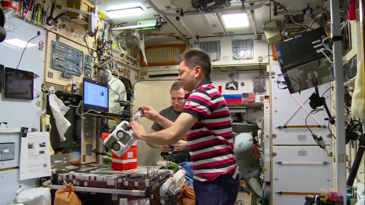 In a First, Russian Cosmonaut Performs Tissue Engineering in Space