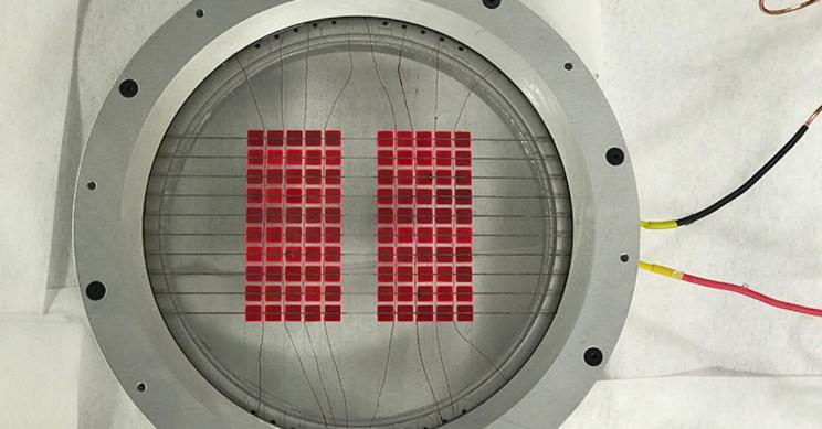 New Hybrid Solar Converter Uses Heat and Sunlight to Amass Energy