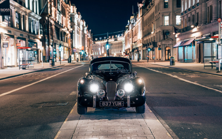 This Classic Jaguar XK120 Goes Fully-Electric