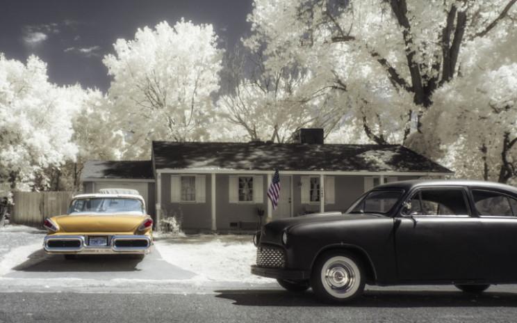 1950s suburban house