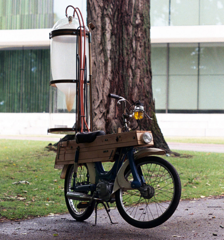 Dutch Student Modified His Motorcycle to Run on Methane From a Pond