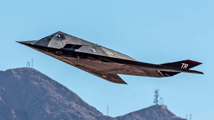 F-117 Caught Flying for the First Time in Over a Decade
