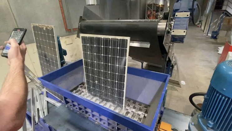 Australia's First Working Solar Panel Recycling Plant Is Up and Running