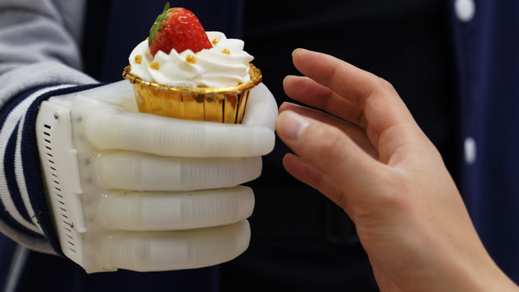 New Inflatable Low-Cost Prosthetic Allows Users to Feel