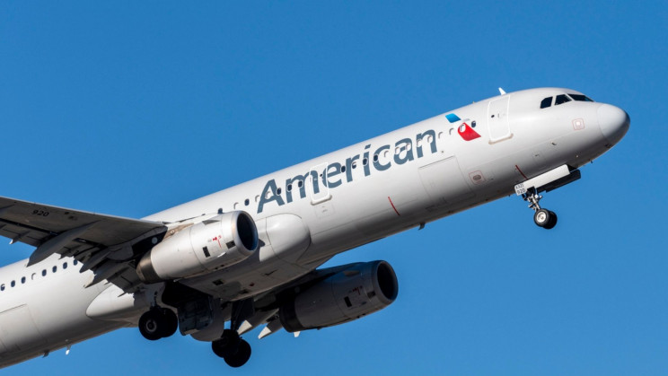 American Airlines Gives 30 Minutes of In-Flight Tiktok for Free