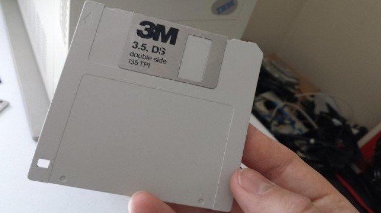 11 Long-Forgotten Tech Products Every Millennial Will Remember