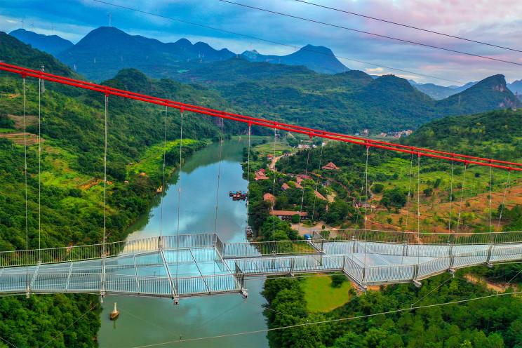The World's Longest Glass-Bottom Bridge Is Built in China
